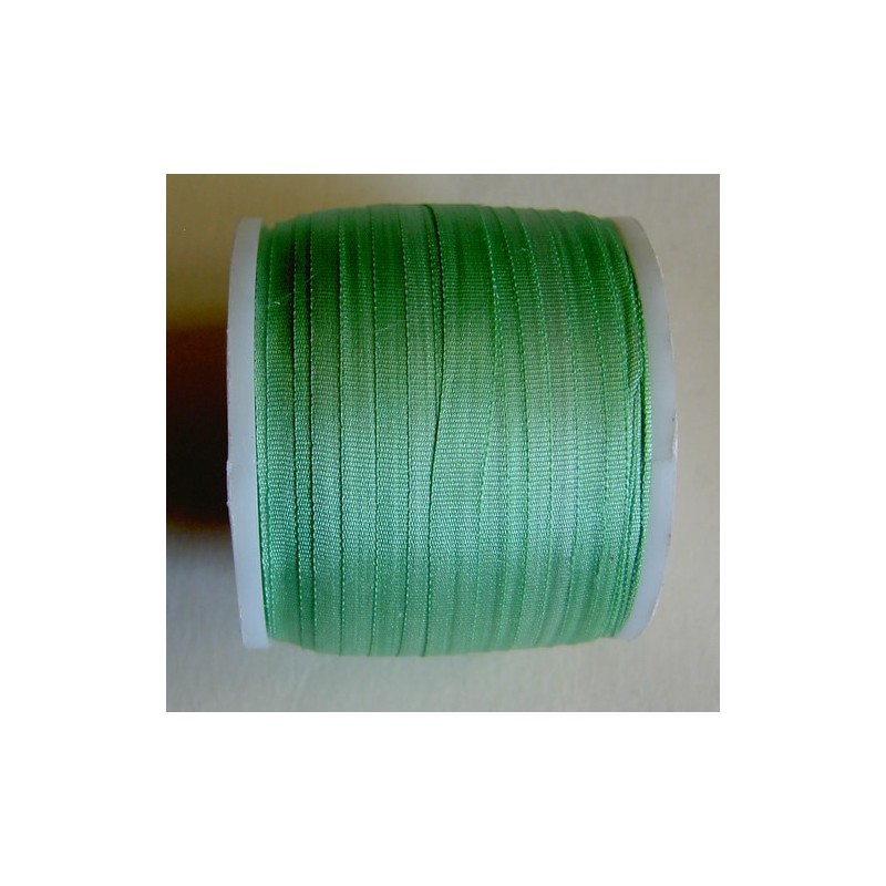 <b> Silkkinauha, vaaleanvihreä, leveys 4 mm</b>