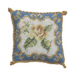 <b>NM40 Tyyny, Rose Ornate 2 </b>