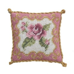 <b>NM40 Tyyny, Rose Ornate 3 </b>