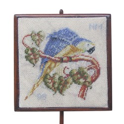 <b>NM56 Square Pole Screen, Blue & Yellow Macaw </b>