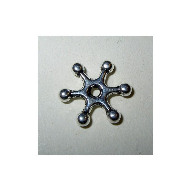 <b> Metallilumitähti (10 kpl)</b>