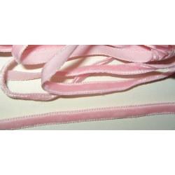 Samettinauha, vaaleanpunainen, leveys 6 mm