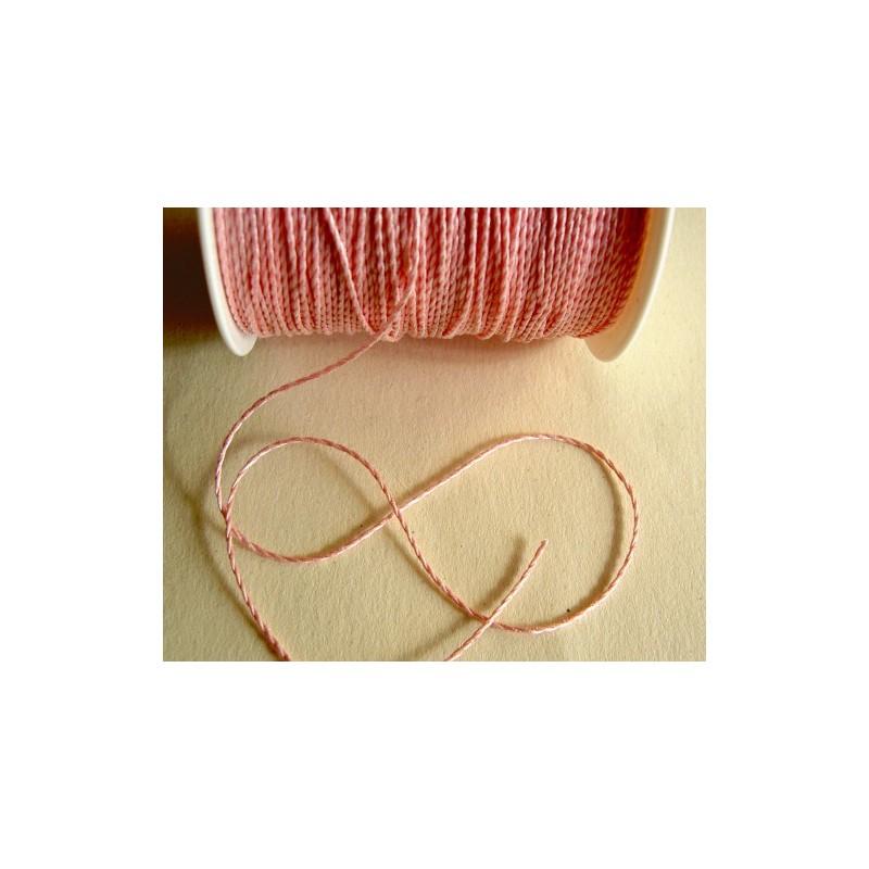 <b> Naru, vaaleanpunainen (20 metriä)</b>
